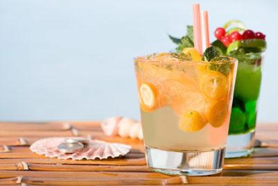 Bar / Drinks / Cocktails