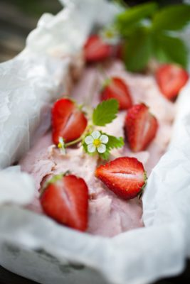 homemade strawberry ice cream on table