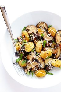 Toasted Gnocchi with Mushrooms, Basil and Parmesan #glutenfree