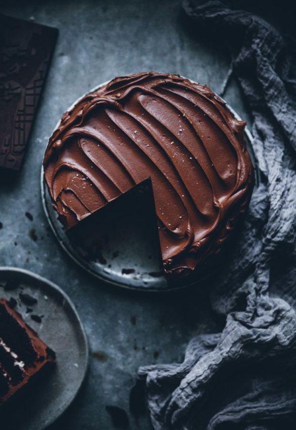 Earl Grey Chocolate Fudge Cake