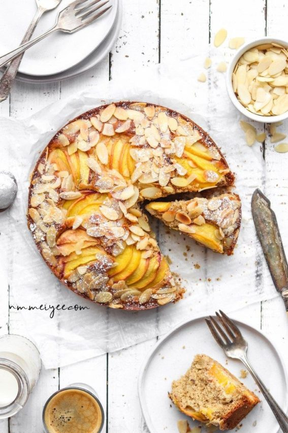 "Almond peach cake #vegan explore Pinterest""> #vegan #glutenfree explore Pinterest""> #glutenfree"