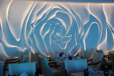 Rose wall decor – Blu Restaurant aboard the Celebrity Millennium