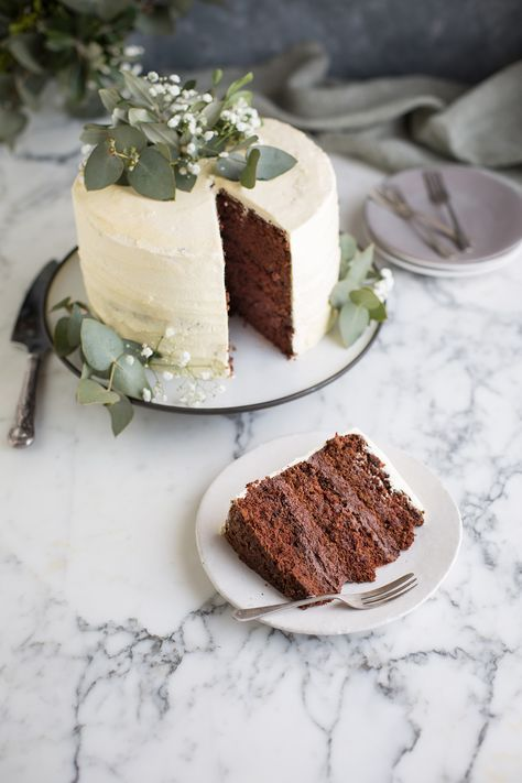 Chocolate cake with hazelnut ganache and chocolate
