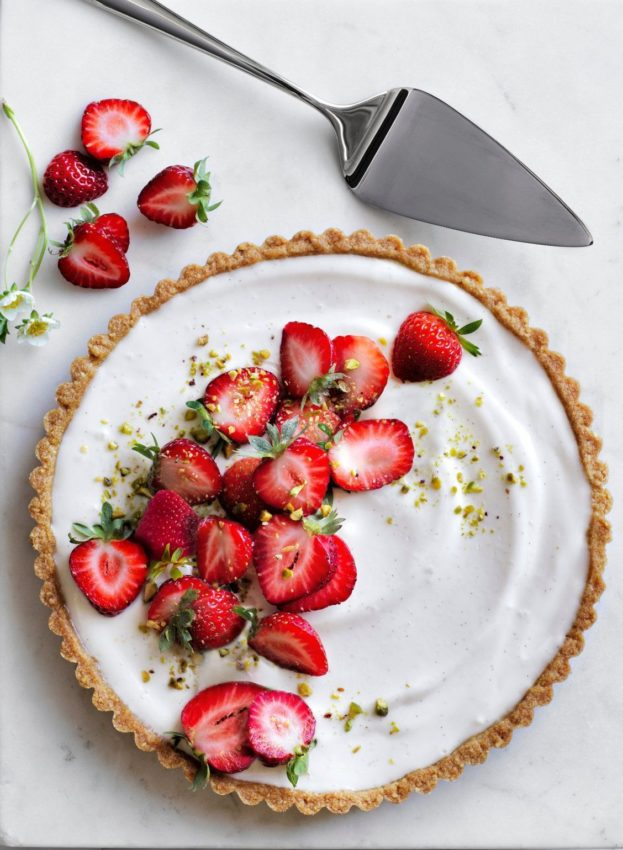 Strawberry and Pistachio Yogurt Tart