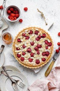 """raspberry Bakewell tart #vegan explore Pinterest""""> #vegan"""