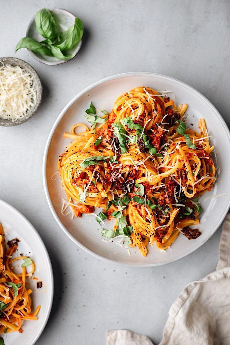 "Vegan Roasted Red Pepper Pasta #vegan explore Pinterest""> #vegan #recipe explore Pinterest""> #recipe #pasta…"